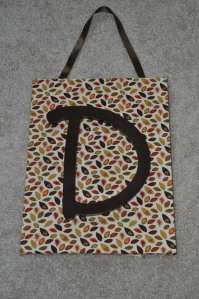 Fall-inspired door hanger