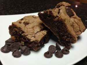 Vanilla Malted Chocolate Chip Bars