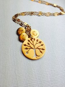 Family Tree Pendant with initial charms https://www.etsy.com/listing/168259224/family-tree-pendant-with-initial-charms?ref=related-0